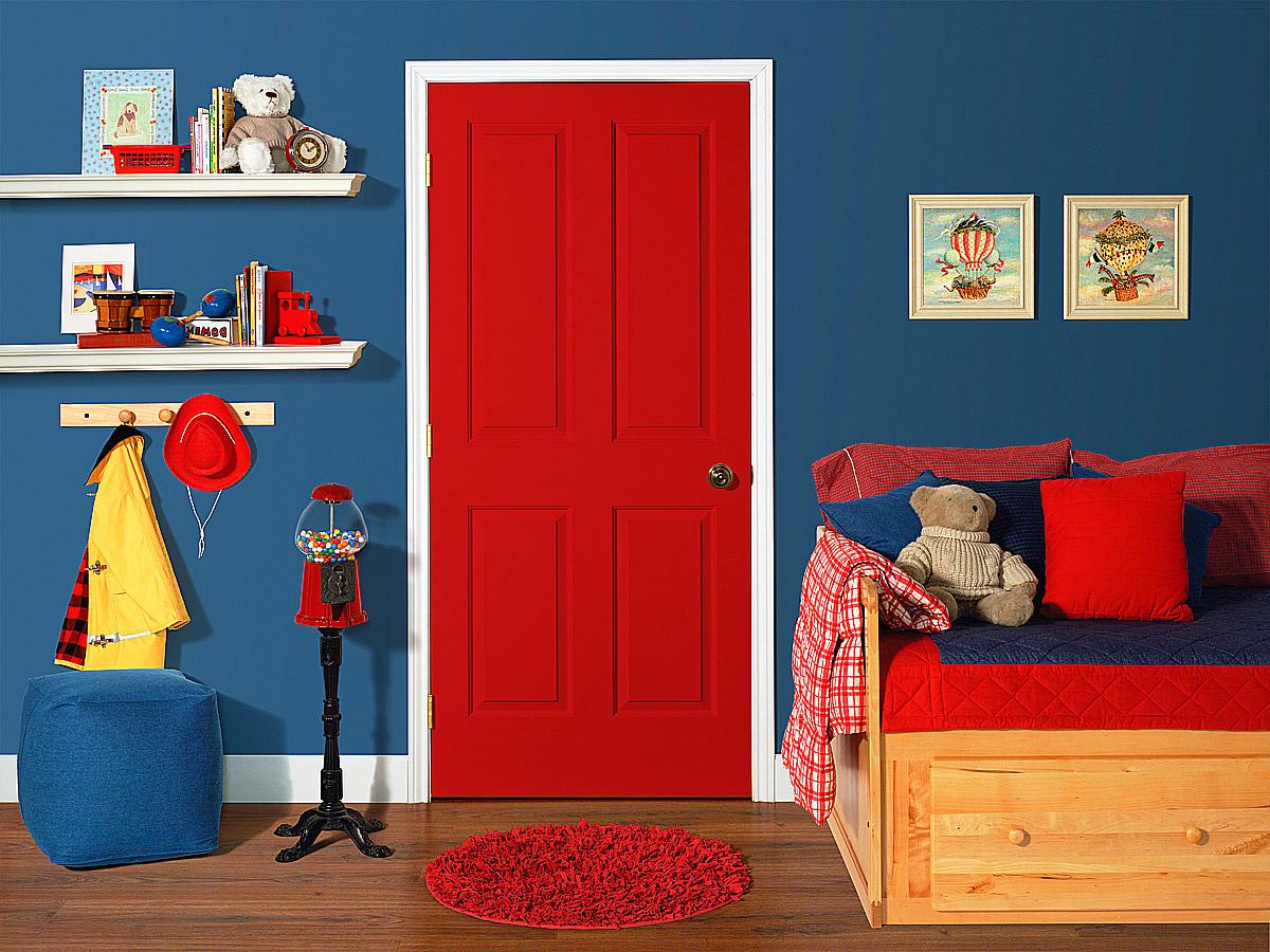 Как подобрать плинтус в цвет дверей